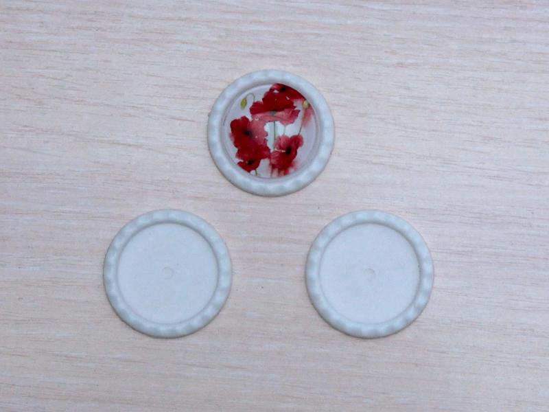 Рамки для кабошонов пластик (размер внутри 25мм)